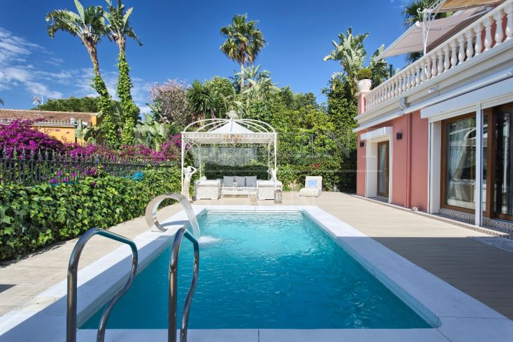Nagueles, Golden Mile, Marbella, classic style villa for sale