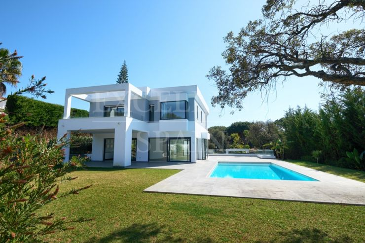 Hacienda las Chapas, Marbella East, contemporary villa for sale