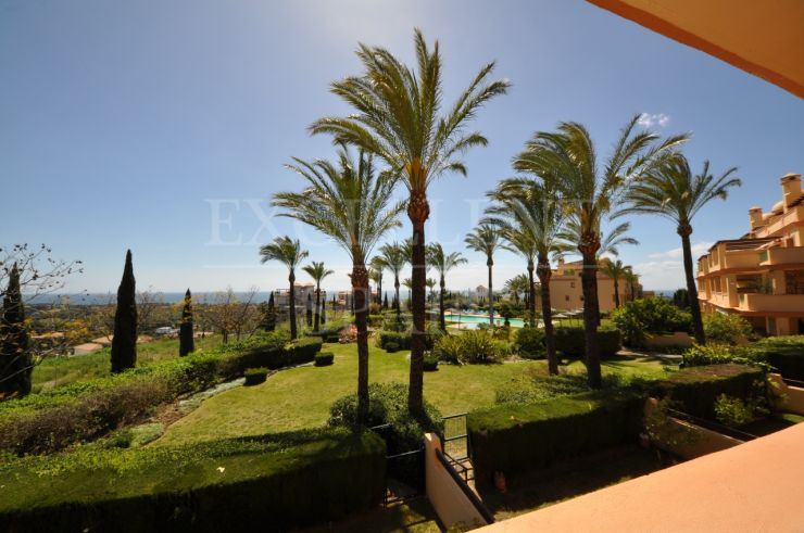 Four Seasons, Los Flamingos, spacious apartment with sea views