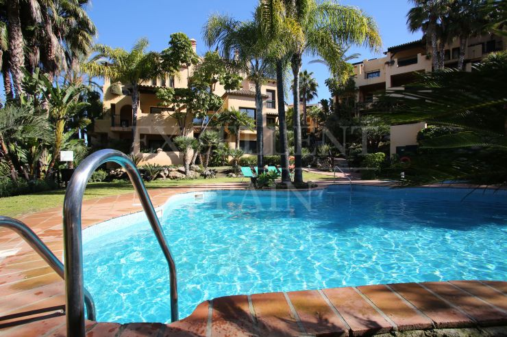 El Campanario, New Golden Mile, Estepona, ruim appartement te koop