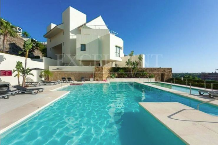 Tee 5, Los Flamingos, New Golden Mile, contemporary apartment for sale