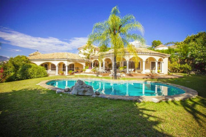 El Paraiso Alto, Benahavis, Costa del Sol, villa for sale