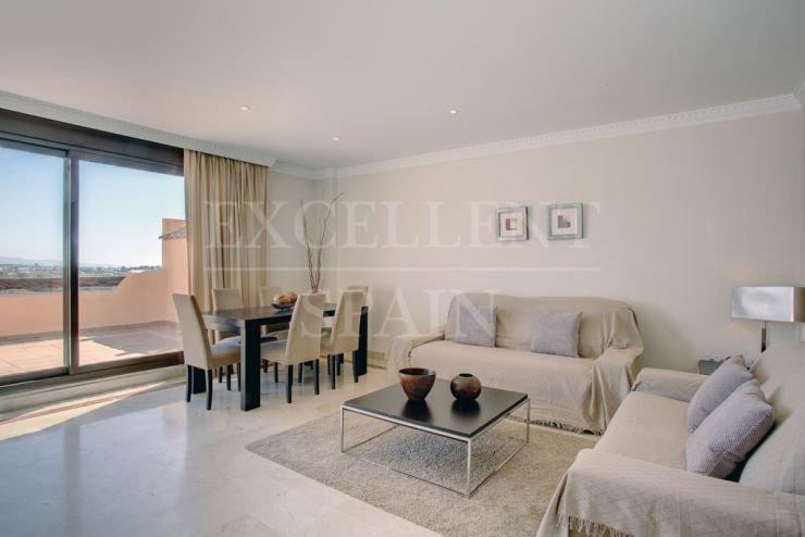 Lomas del Conde Luque, Benahavis, penthouse with panoramic views for sale