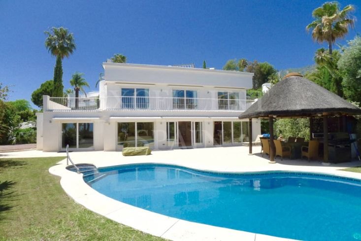 Altos Reales, Golden Mile, Marbella, spacious villa for sale