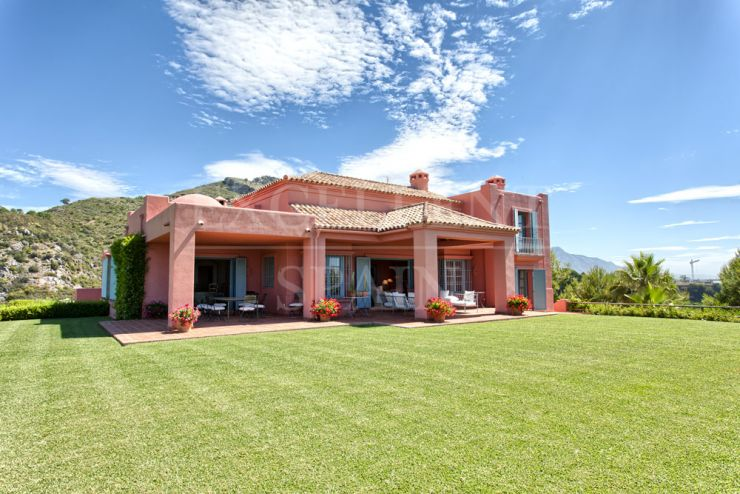 Marbella Club Golf Resort, Benahavis, villa with 360º views to the sea and mountains