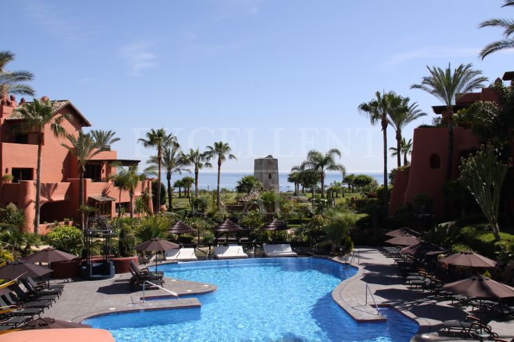 Torre Bermeja, Estepona, spacious apartment for sale
