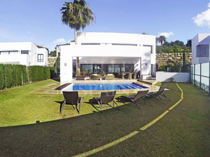 Atalaya Fairways, Benahavis, contemporary, modern villa for sale