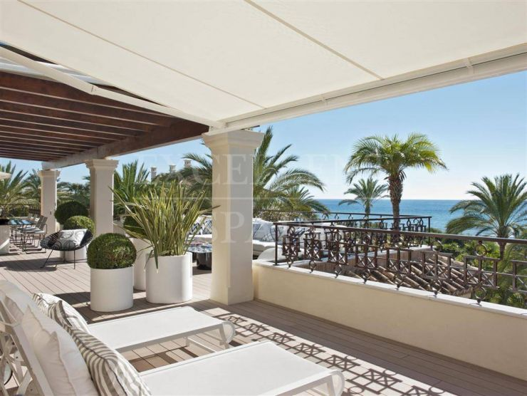 Los Monteros Playa, Marbella, luxurious, frontline beach penthouse for sale
