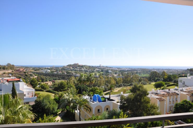 La Quinta Suites, Benahavis, Costa del Sol, apartment for sale with great sea views