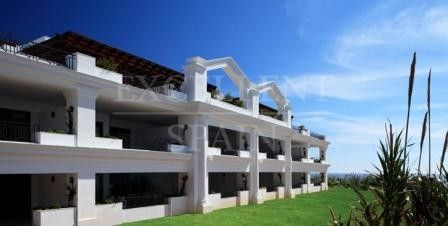 Doncella Beach, Estepona, frontline beach luxurious penthouse for sale