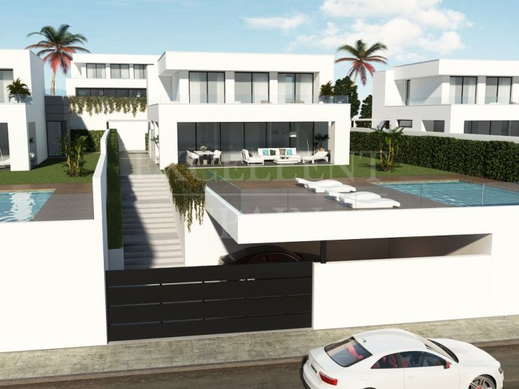 Contemporary, new villas in Duquesa, Costa del Sol