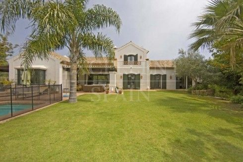 Casasola, Estepona, villa for sale