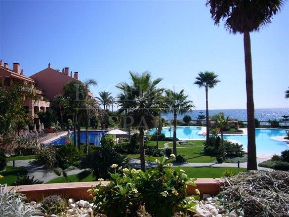 Malibu, Puerto Banus, first line beach luxurious apartment for sale
