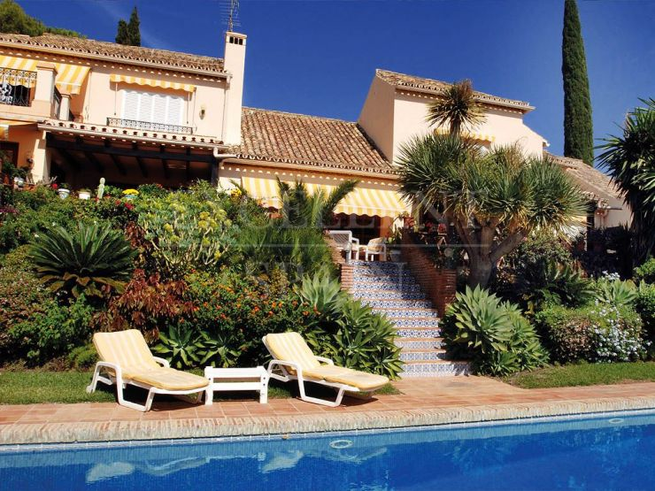 El Paraiso Alto, Benahavis, Costa del Sol, villa with sea views for sale