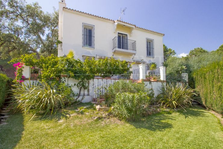 Benahavis, El Madroñal, Costa del Sol, beautiful villa for sale
