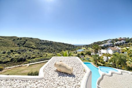 Penthouse for sale in La Quinta, Benahavis
