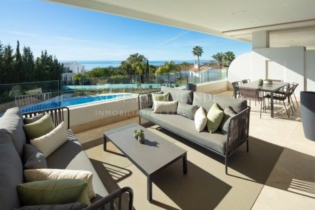 Penthouse for sale in Sierra Blanca Country Club, Istan