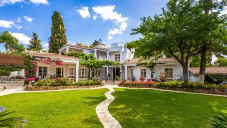 Villa for sale in Marbella Centro, Marbella, Marbella