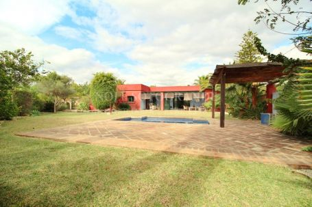 Villa for sale in San Pedro Playa, San Pedro de Alcantara