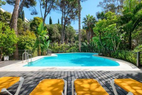 Apartment for sale in Marbella Golden Mile, Marbella