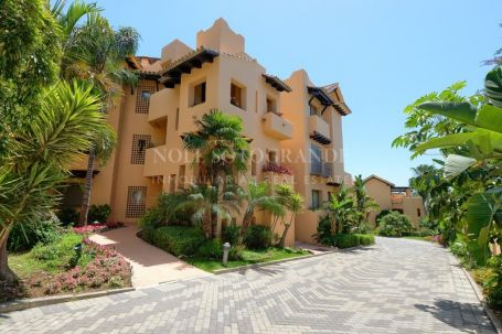 Apartment for sale in Marbella Golden Mile, Marbella