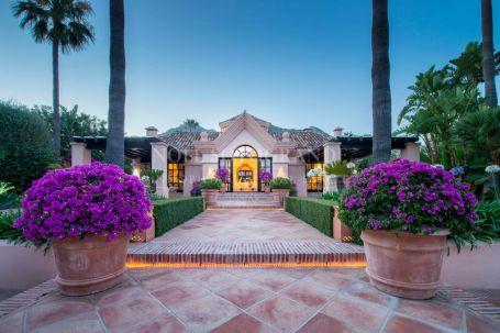 Villa en venta en Sierra Blanca Country Club, Istan