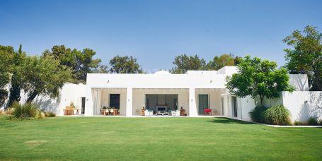 Villa for rent in Reyes y Reinas, Sotogrande