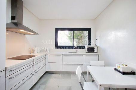 Apartment for rent in El Polo de Sotogrande, Sotogrande
