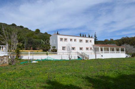 Country House for sale in San Martin del Tesorillo