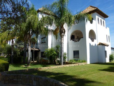 Apartamento en venta en El Polo de Sotogrande, Sotogrande