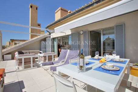 Penthouse for sale in Ribera del Dragoncillo, Sotogrande