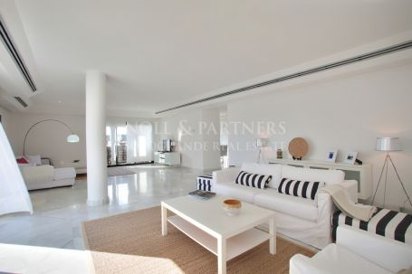 Penthouse for sale in El Polo de Sotogrande, Sotogrande