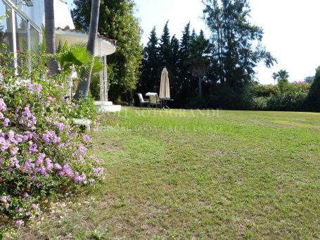 Plot for sale in Reyes y Reinas, Sotogrande