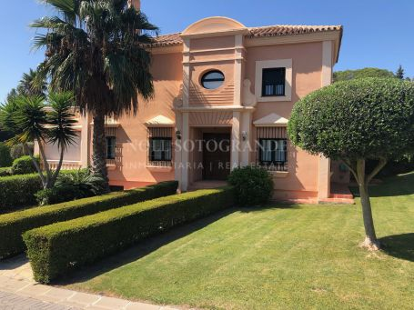 Semi Detached Villa for sale in Sotogolf, Sotogrande