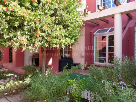 Adosado para alquilar en Villas de Paniagua, Sotogrande