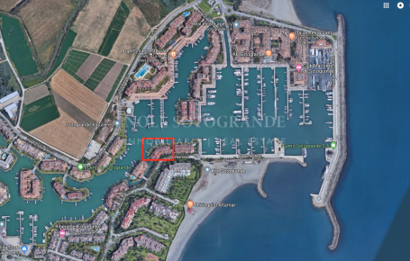 Bootsliegeplatz zum Verkauf in Ribera del Candil, Sotogrande