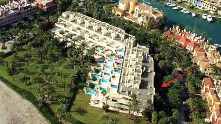 Apartment for sale in Apartamentos Playa, Sotogrande
