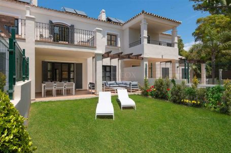 Town House for sale in Guadalmina Baja, San Pedro de Alcantara