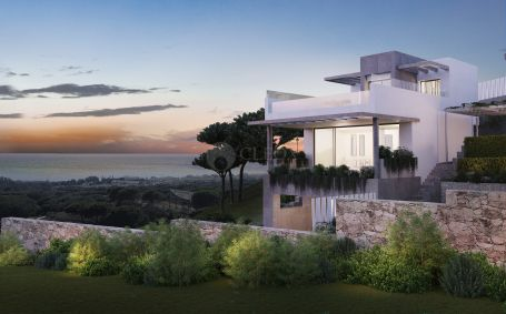 25 contemporary townhouses and villas, frontline golf in Cabopino, Marbella