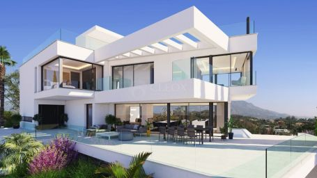 Villa for sale in La Quinta Golf, Benahavis