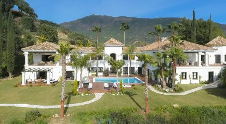 Mansion for sale in La Zagaleta