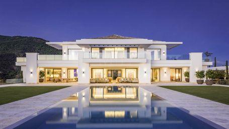 Mansion for sale in La Zagaleta