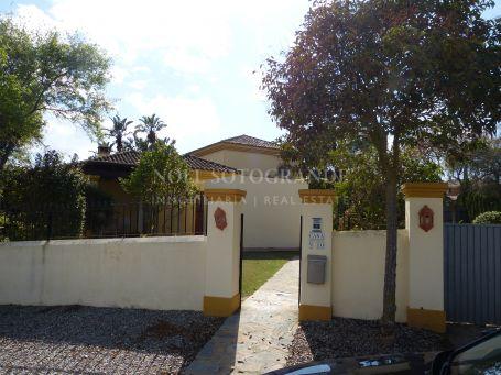 Villa for rent in Zona G, Sotogrande