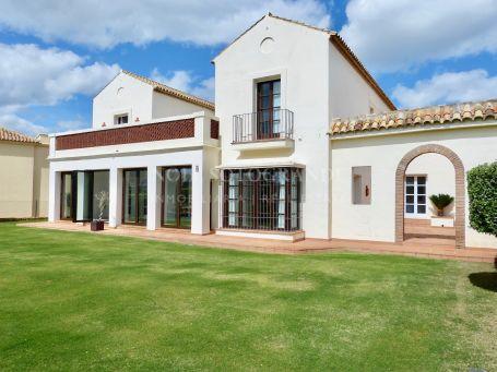 Villa for sale in Los Cortijos de la Reserva, Sotogrande