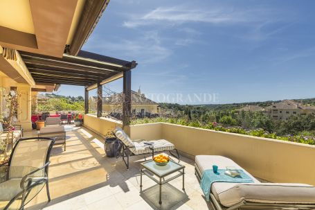 Penthouse for rent in Valgrande, Sotogrande