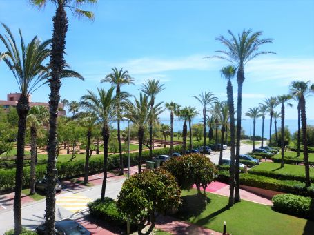 Apartment for rent in Apartamentos Playa, Sotogrande