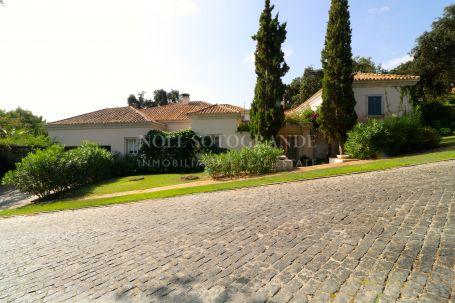 Villa for rent in Los Altos de Valderrama, Sotogrande
