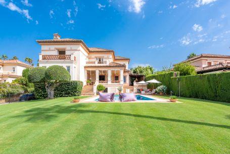 Villa for sale in Zona F, Sotogrande