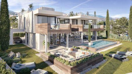 Villa for sale in La Paloma, Manilva