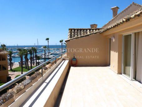 Penthouse for sale in Sotogrande Puerto Deportivo, Sotogrande
